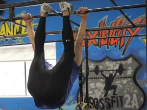 No, I am not mooning the world! This is my first successful Toes-to-Bar which took place in CrossFit Open 14.4.